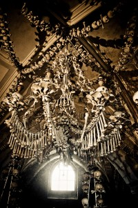 Sedlec Chandelier (photo by Sterf)